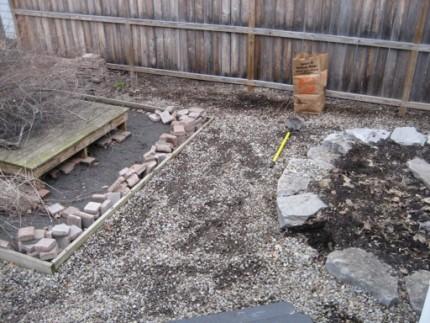 yard removing rocks and zen garden 430x323 - yard removing rocks and zen garden