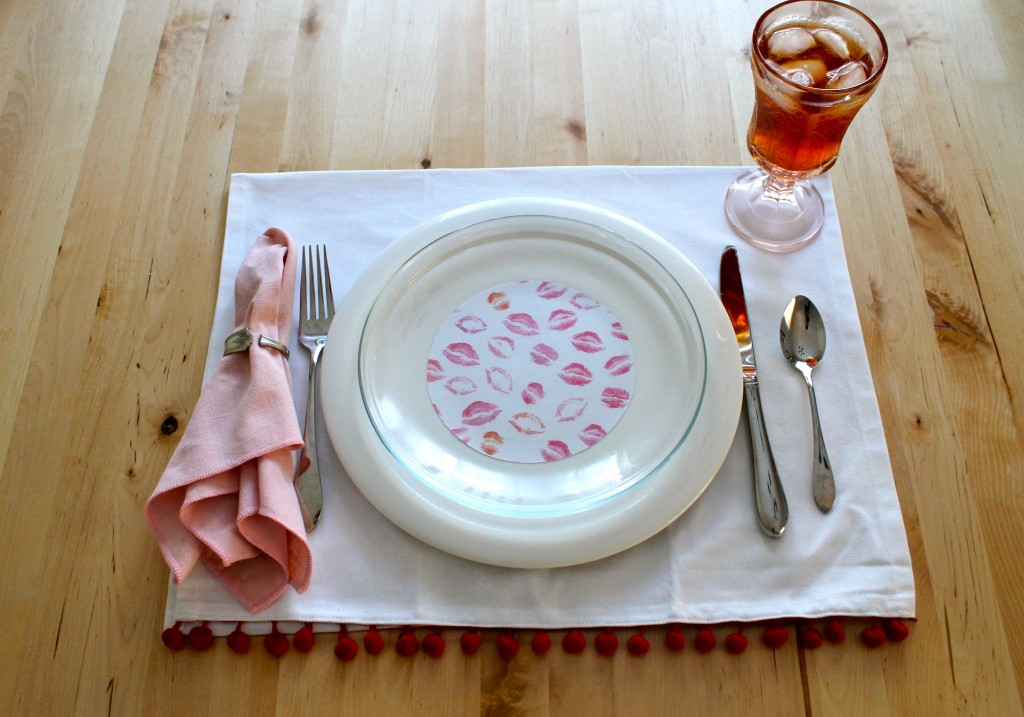Plate lips 1024x717 - Change the Look of Your Dishes!