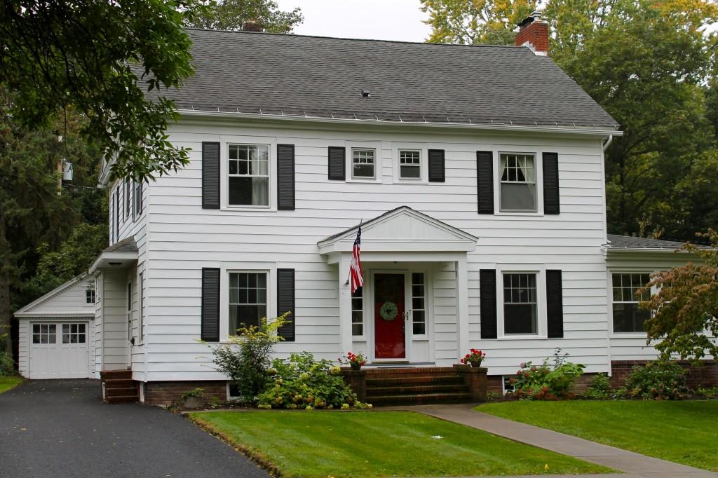 House 2 1024x682 - Neighborhood Tour