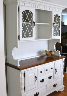 IMG 11591 228x323 - Painted Hutch
