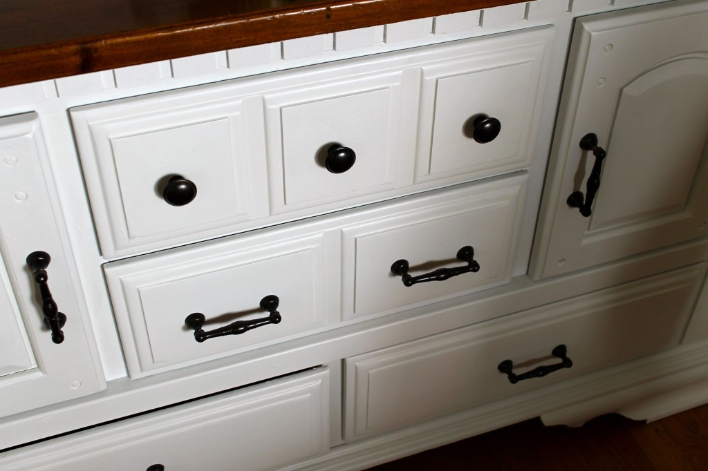 Dresser close up new handles 1024x682 - Make Your Own Drawer Liners