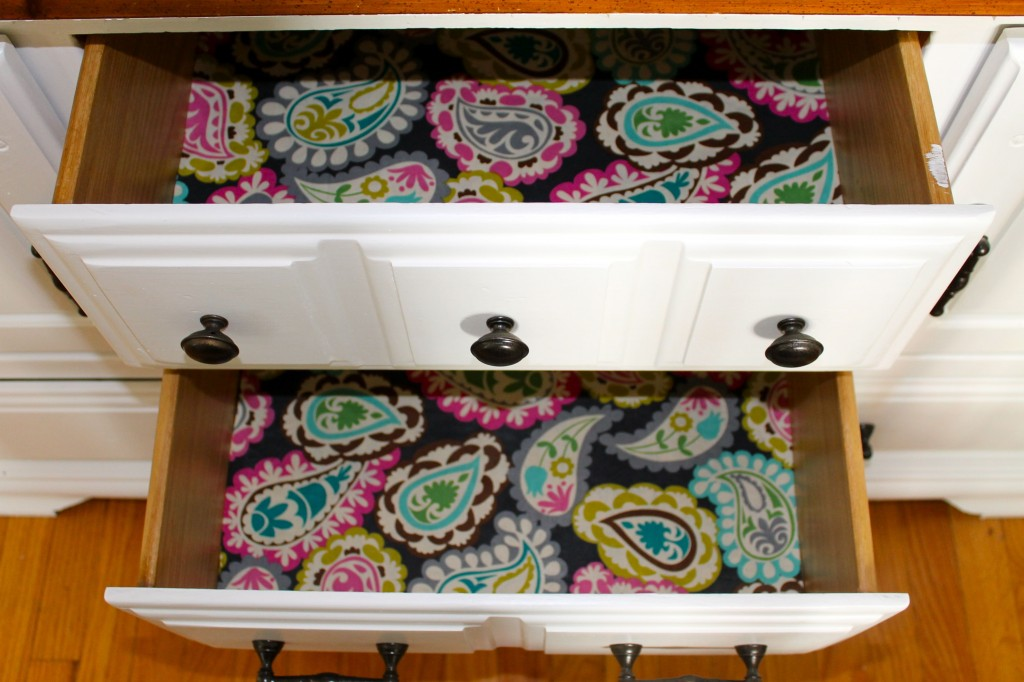 DIY drawer liners - The 2 Seasons
