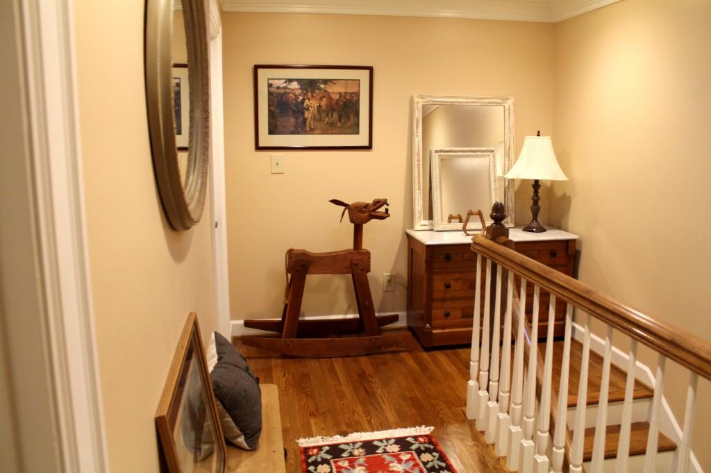 IMG 1301 1024x681 - Equestrian Hallway