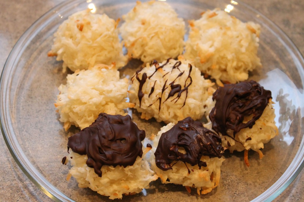 Coconut Macaroons 1024x682 - Coconut Macaroons