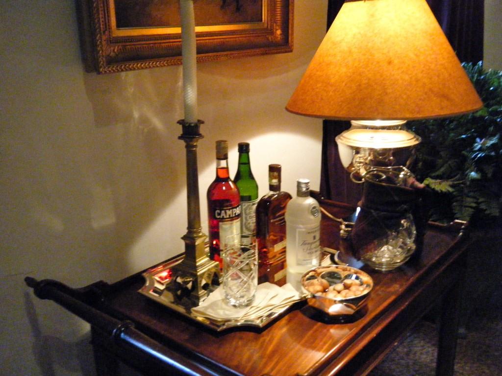 DSCF2470 1024x768 - See Ralph Lauren's Sitting Room and Bedroom
