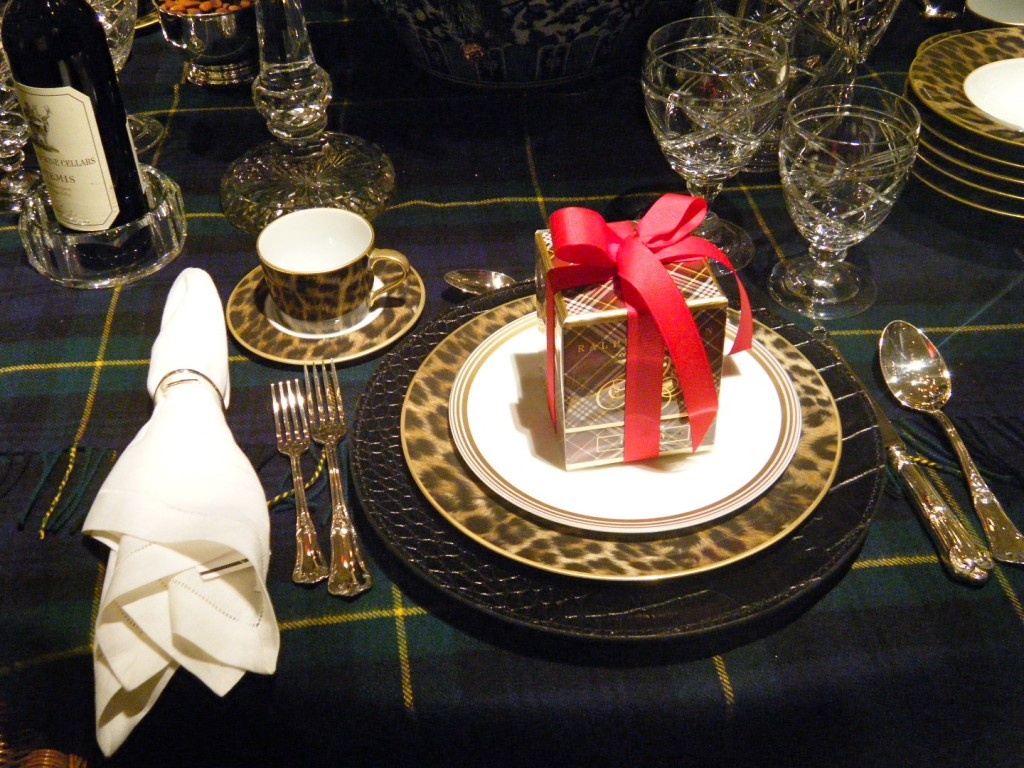 DSCF2617 1024x768 - Ralph Lauren's Christmas Table