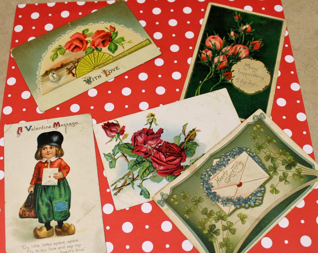 IMG 1544 1024x814 - Vintage Post Cards as Cheap Art