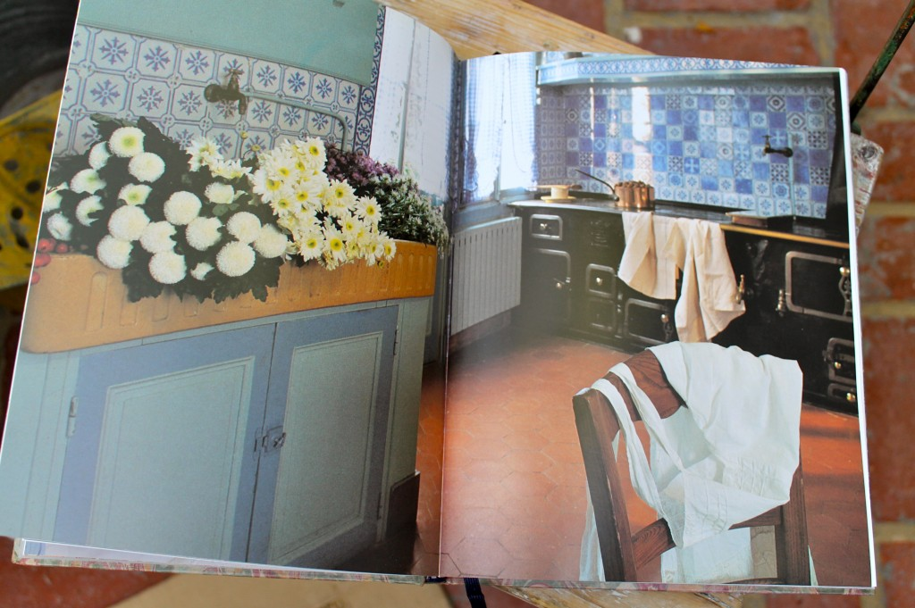 IMG 2661 1024x681 - Monet's Table