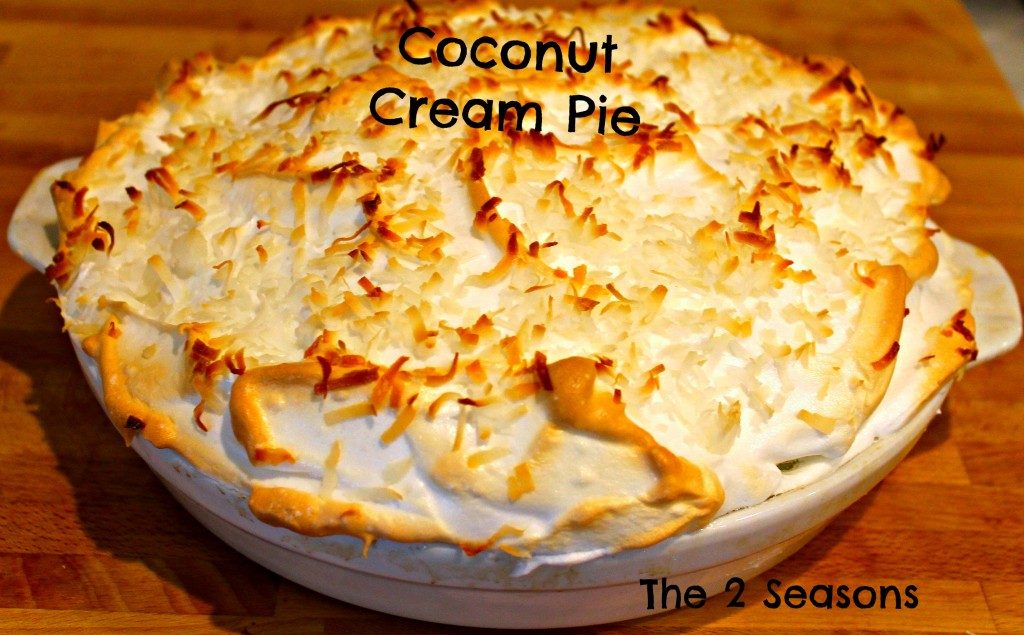 Coconut cream pie - The 2 Seasons