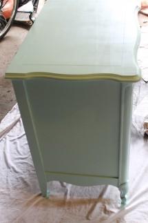 Dresser side 215x323 - Dresser