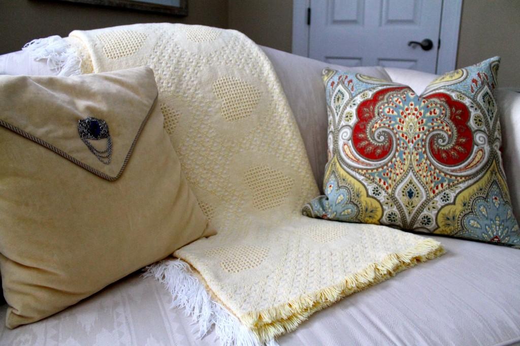 IMG 3760 1024x681 - DIY Pillow Hint