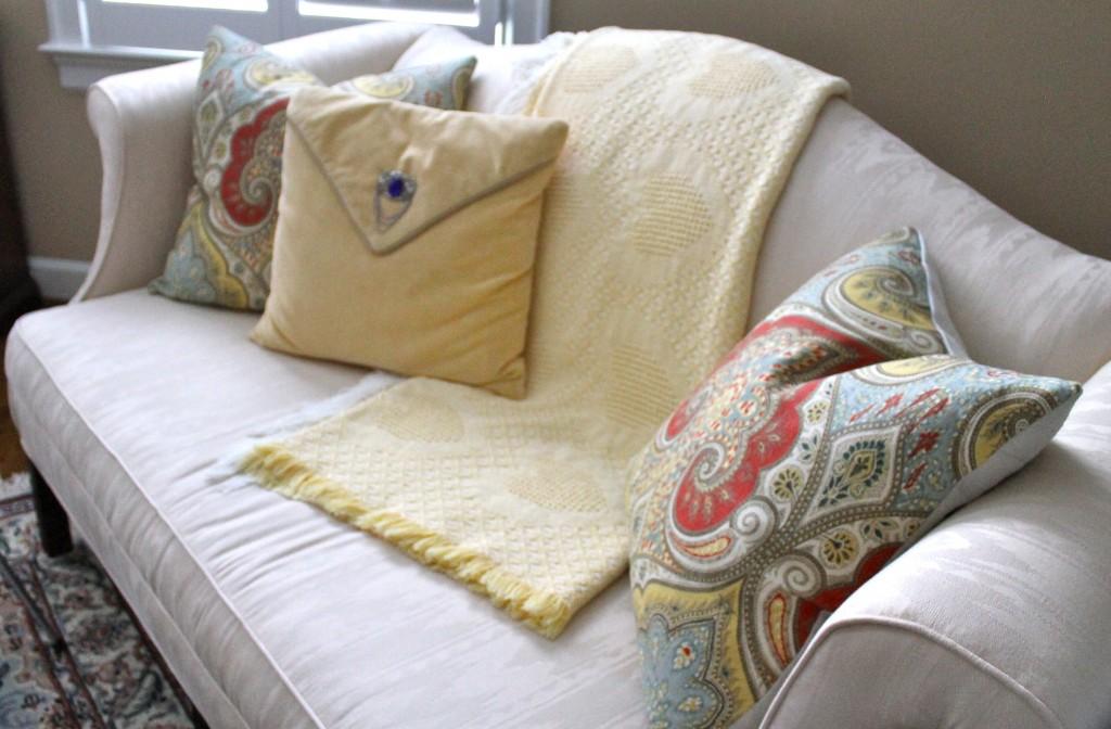 IMG 3761 1024x672 - DIY Pillow Hint
