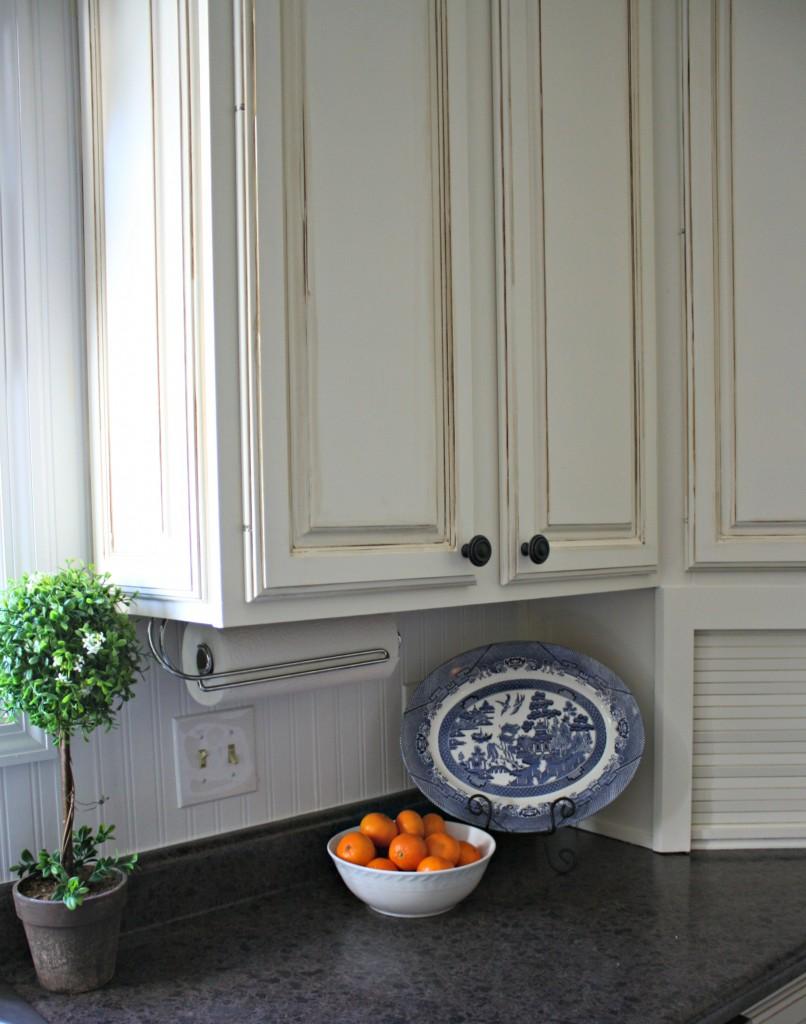 pic Kitchen cabinets close 806x1024 - Amanda's Amazing Kitchen Upgrade