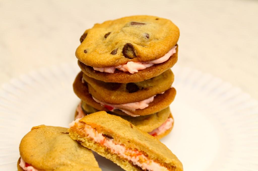 IMG 4524 1024x681 - Valentine Delight Cookies