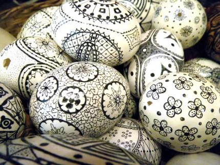 DSCF2637 430x323 - DIY Decorative Eggs
