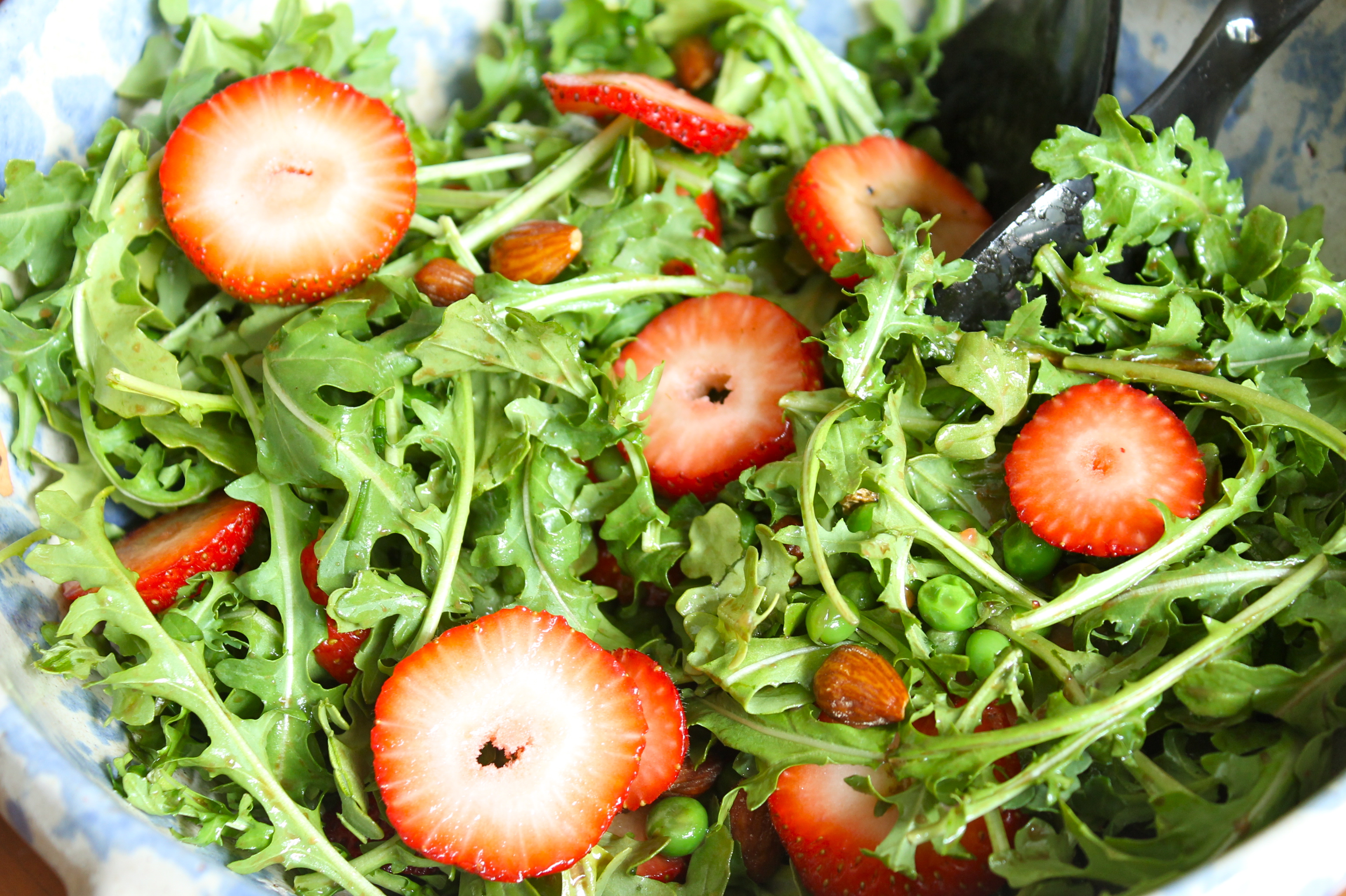 IMG 5902 - Paleo Strawberry/Almond/Pea Salad for Everyone