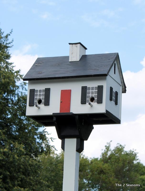 House birdhouse