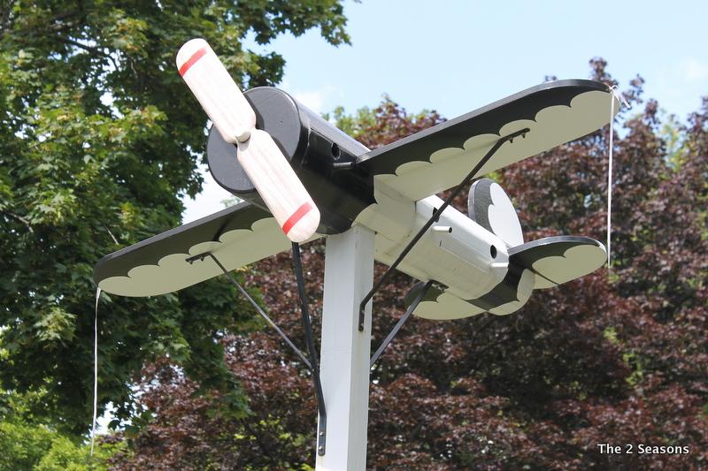 Airplane birdhouse
