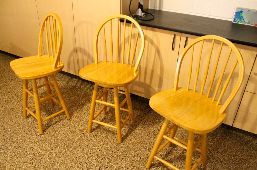 Bar stools before - The 2 Seasons