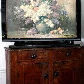 how to hide the tv  275x275 - The Seasons' Saturday Selections, #1