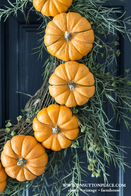 circle pumpkin fall wreath - The Seasons' Saturday Selections, #7