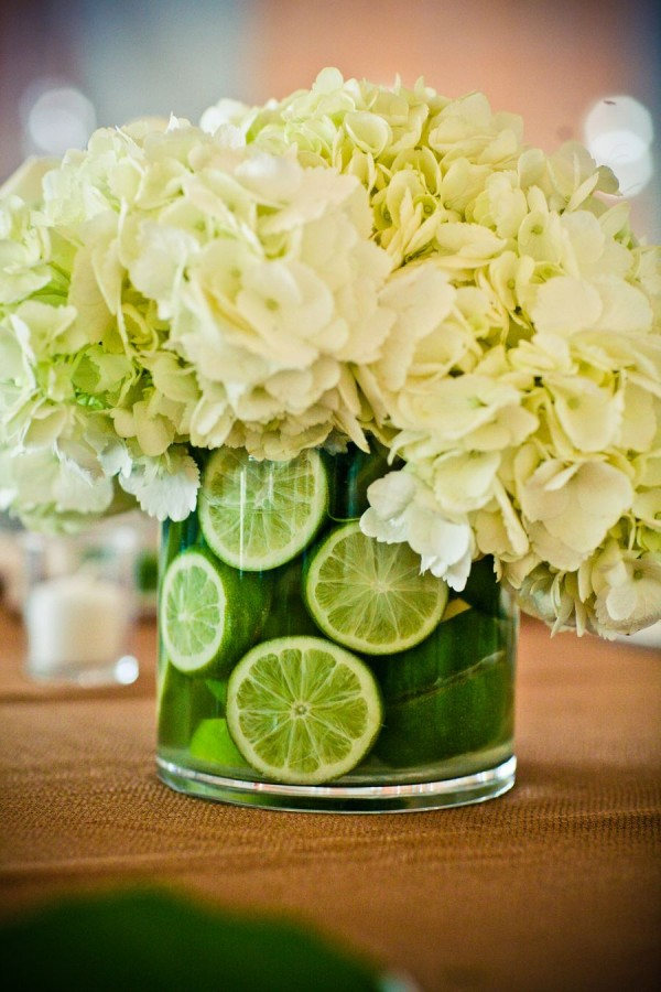 Lime Hydrangea Centerpiece 600x900 - Seasons' Saturday Selections