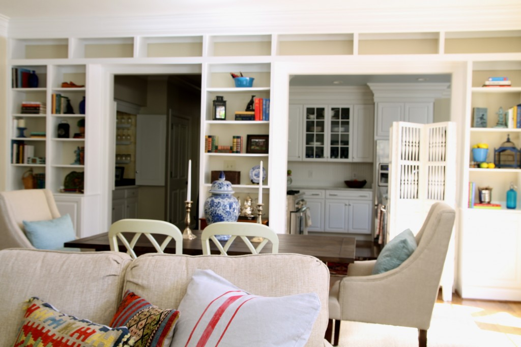 Great room bookshelves - The 2 Seasons