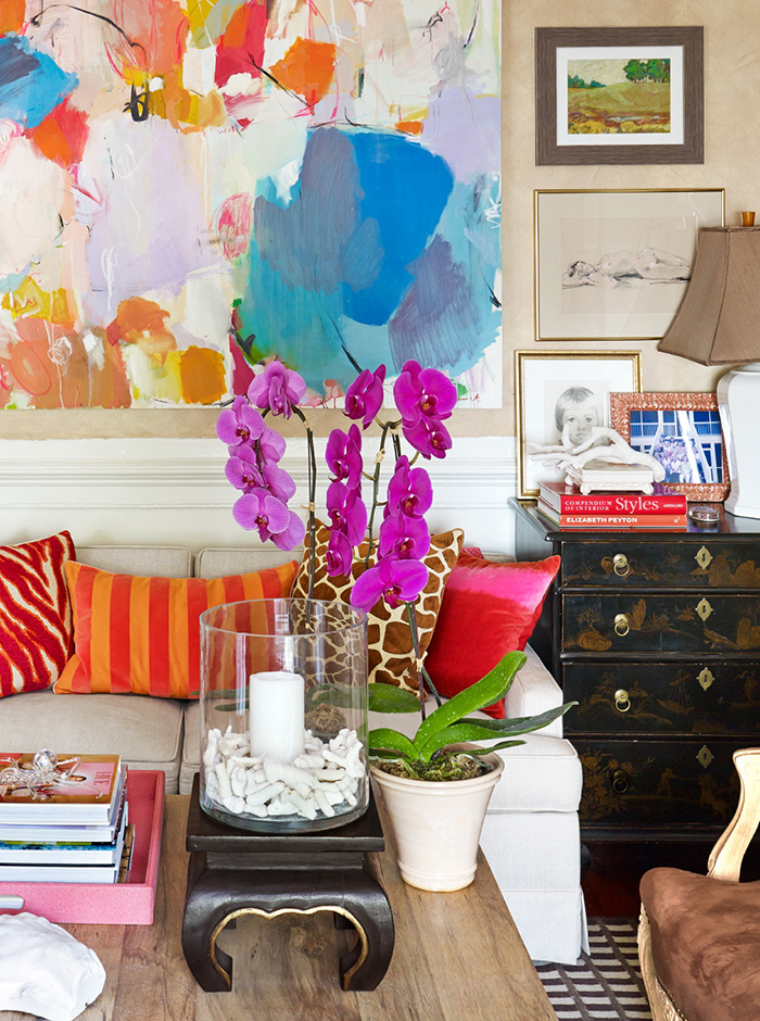 janet-gregg-peter-murdock-eclectic-collected-colorful-interior-design-abstract-art