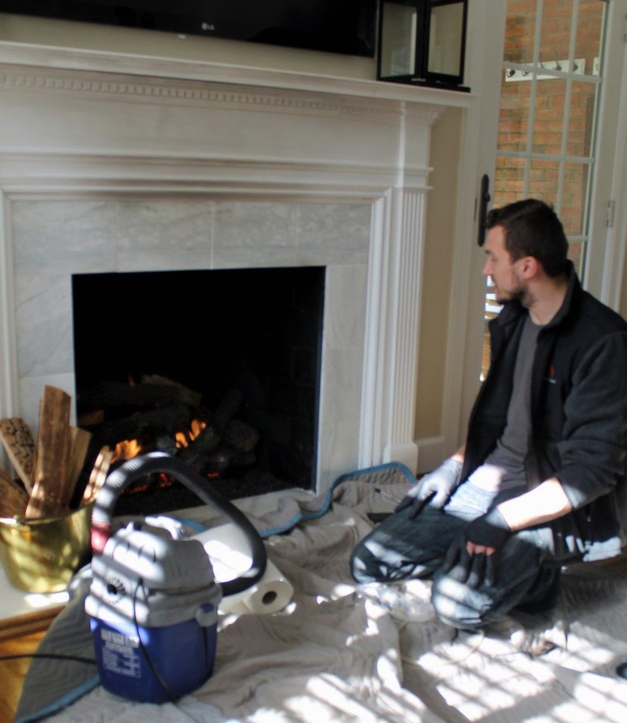 Gas log maintenance - The 2 Seasons