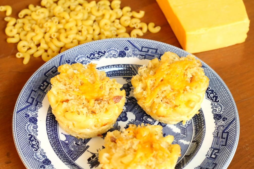 Mac -n- Cheese Muffins - The 2 Seasons
