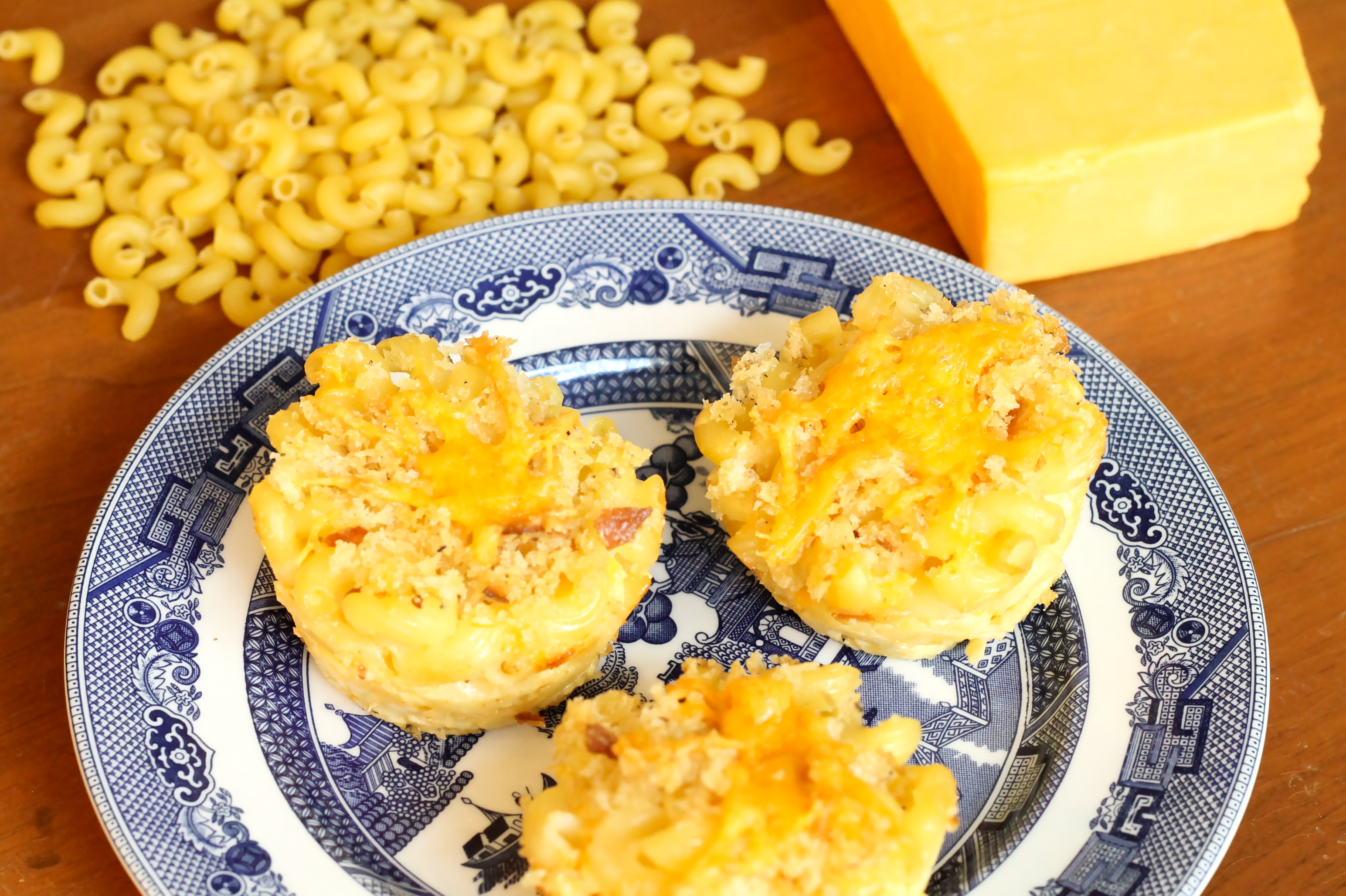 Mac - n- Cheese Muffins