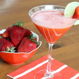 Strawberry Margarita - The 2 Seasons