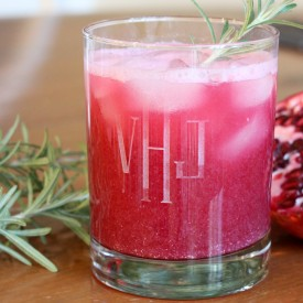Pomegranate gin and tonic - Both the men and ladies love this drink! - The 2 Seasons