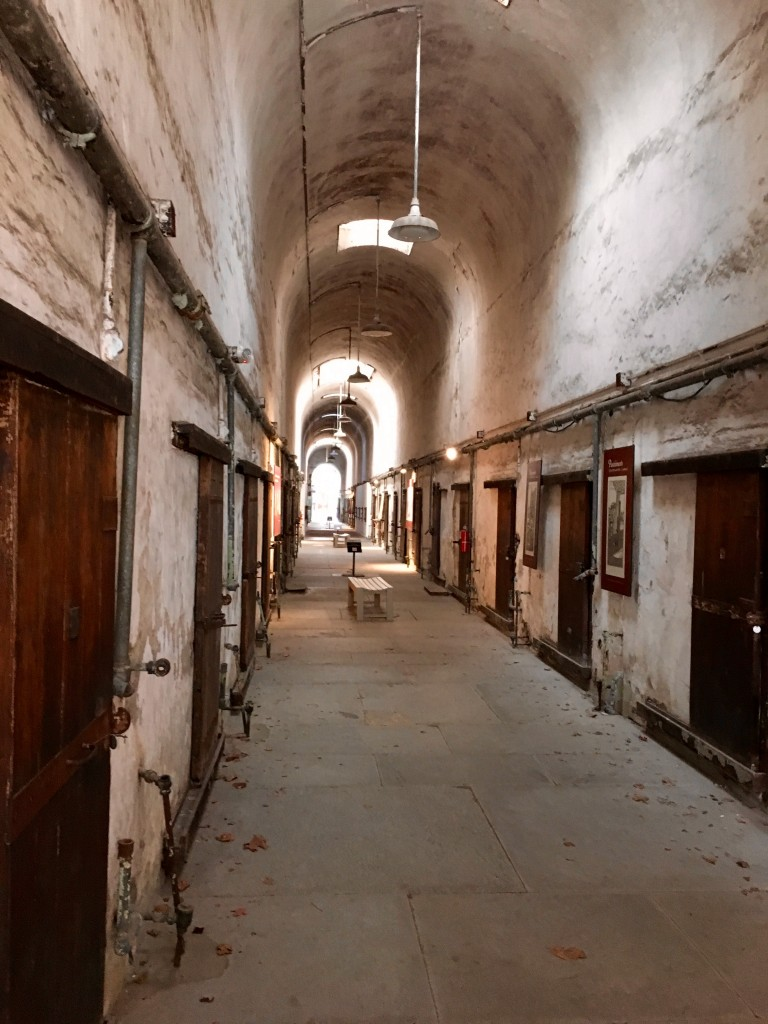 Philadelphia penitentiary - The 2 Seasons