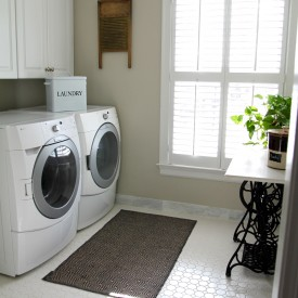 Laundry room update - The 2 Seasons