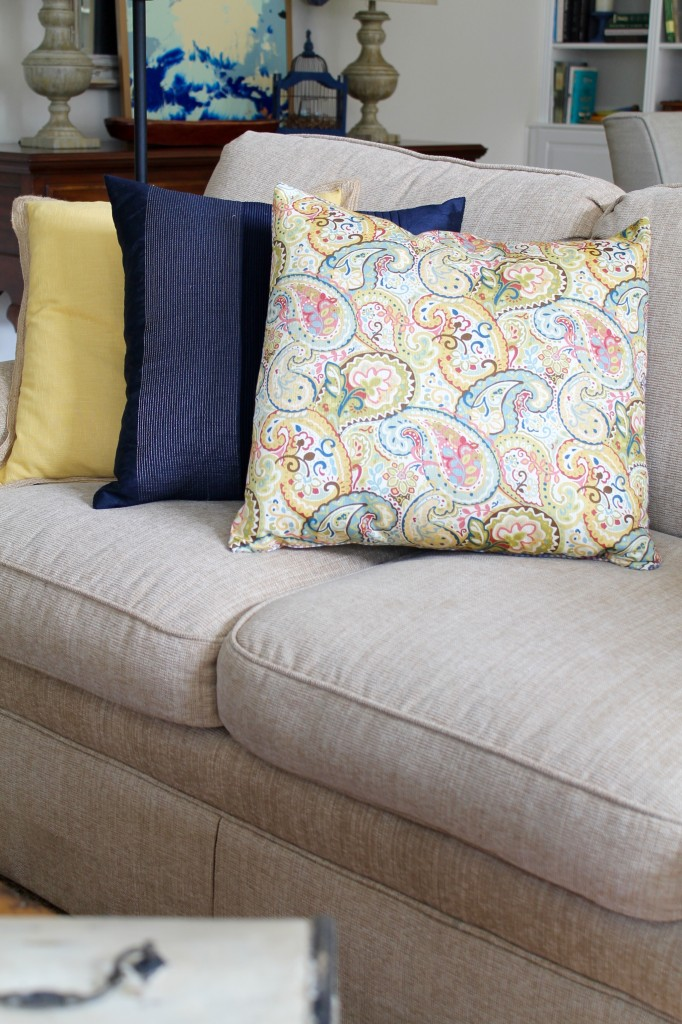 Spring pillows in great room - The 2 Seasons