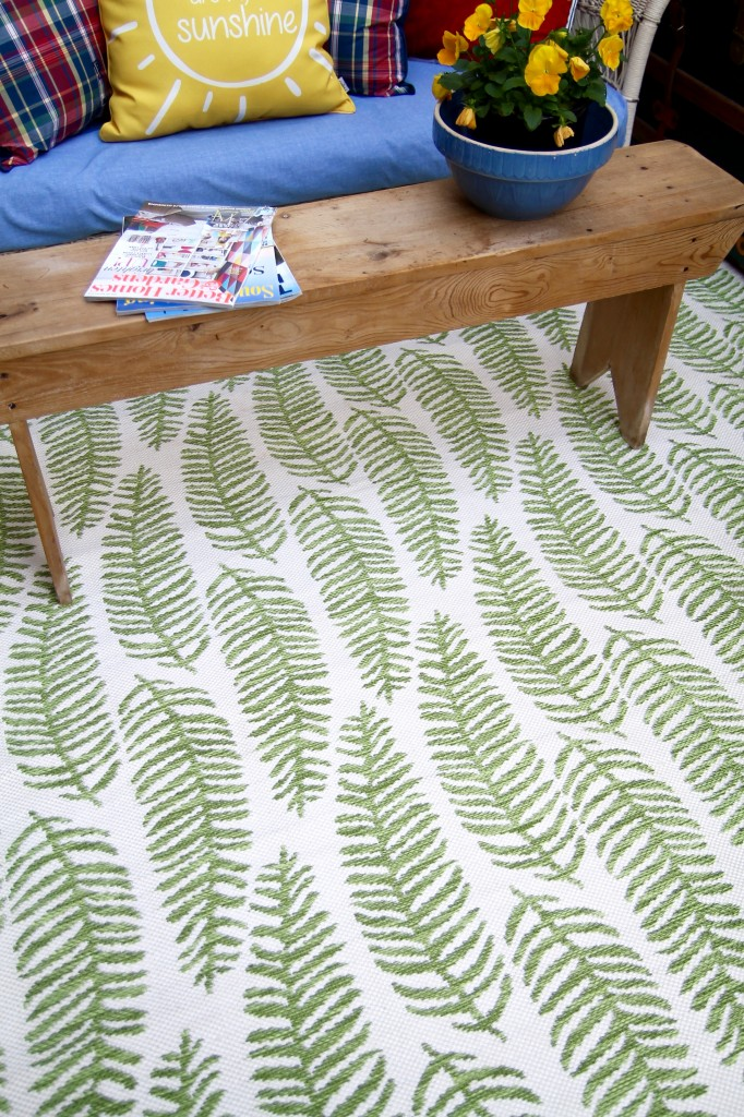 New sunroom rug - The 2 Seasons