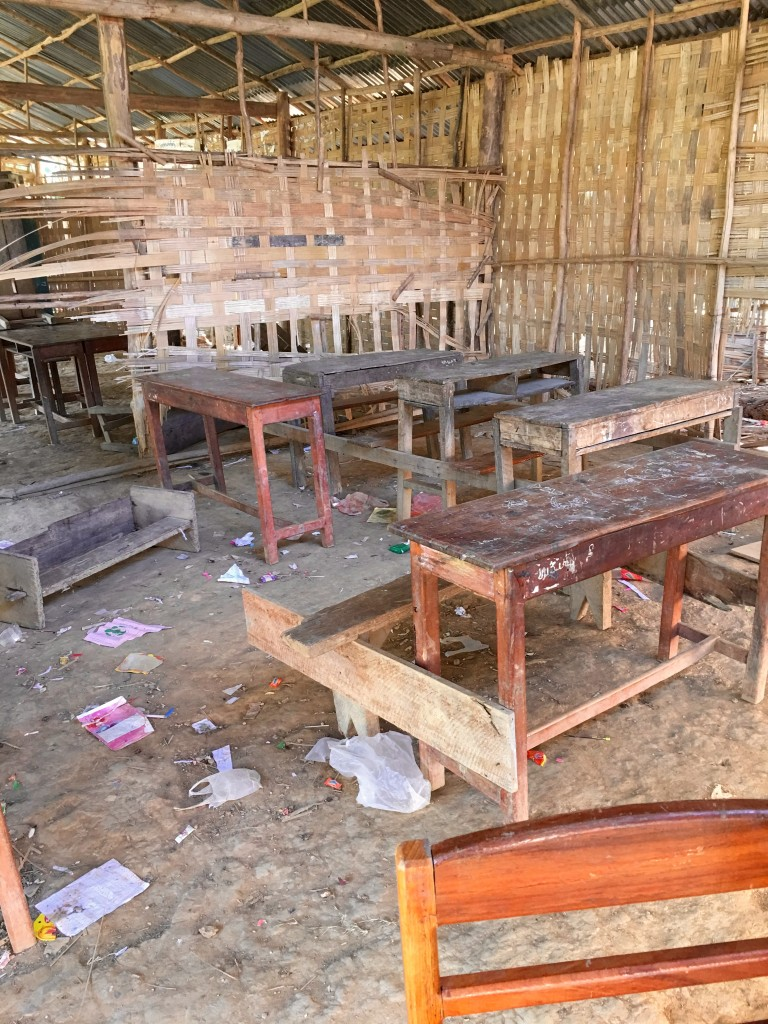 Laos school  before - The 2 Seasons