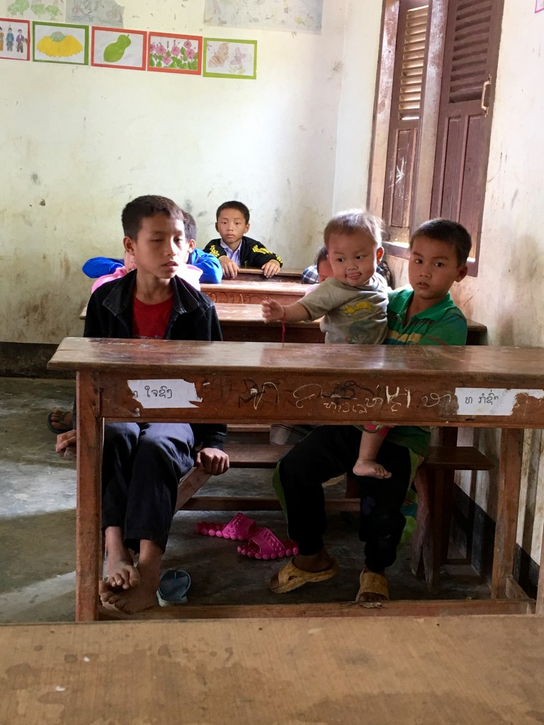 Laos school - the 2 Seasons