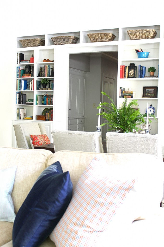 Great room shelves - The 2 Seasons