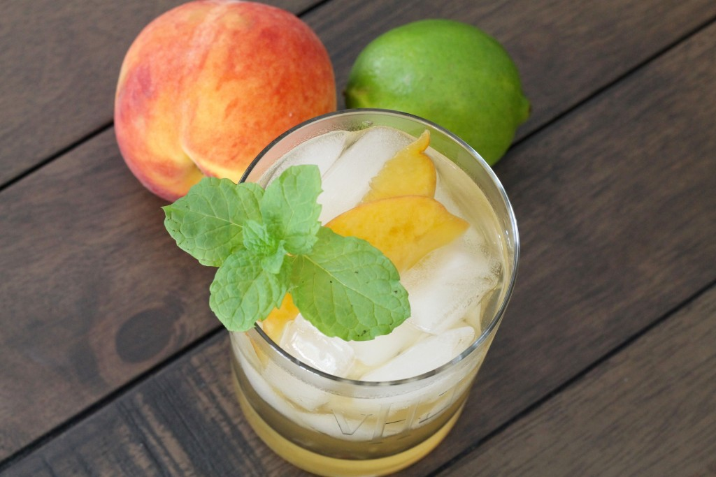 Peachy Summer Sangria - The 2 Seasons