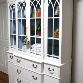 Linen cabinet - The 2 Seasons
