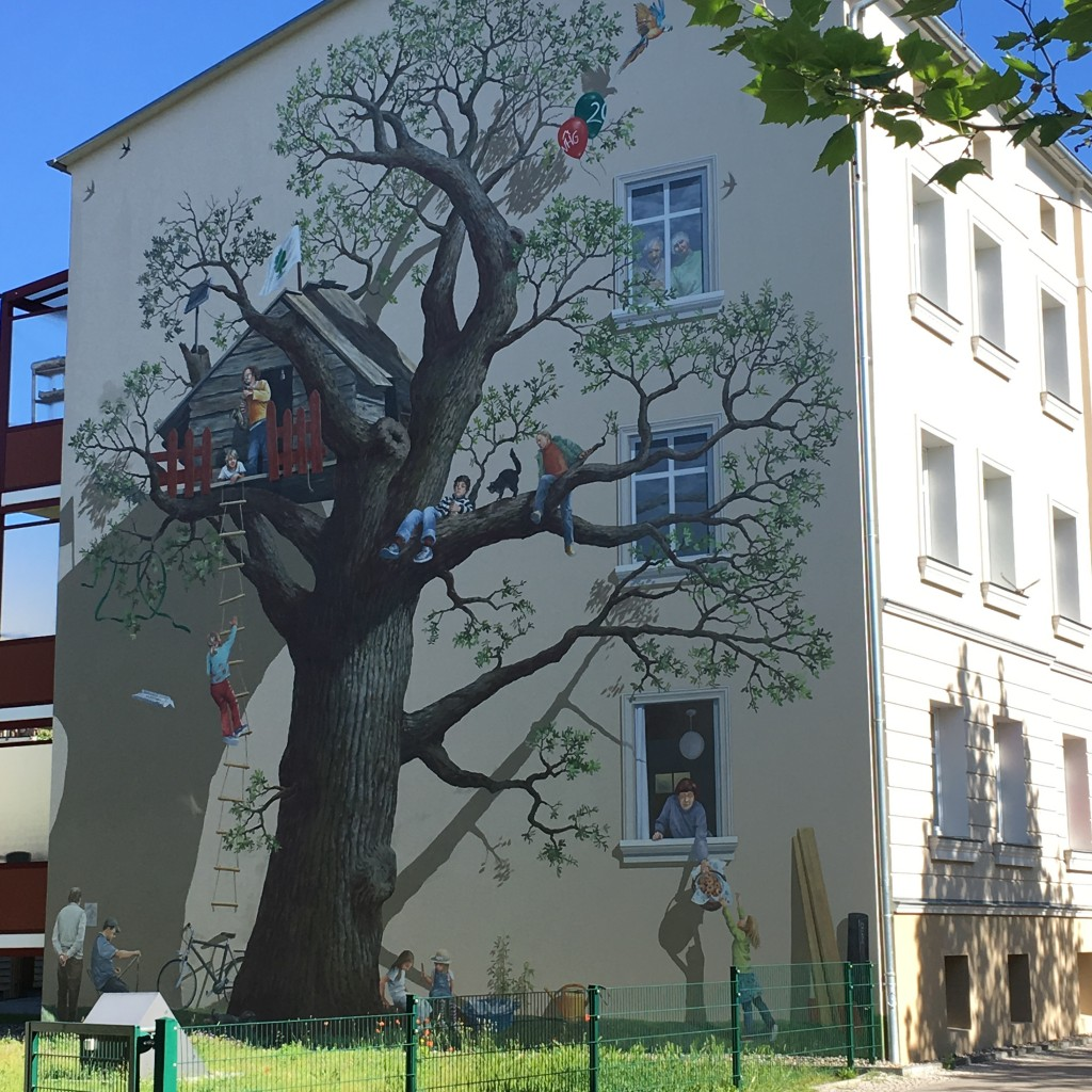 German mural - The 2 Seasons