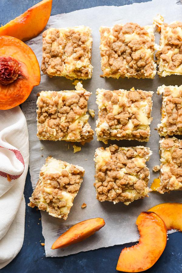 peach-cobbler-cheesecake-bars