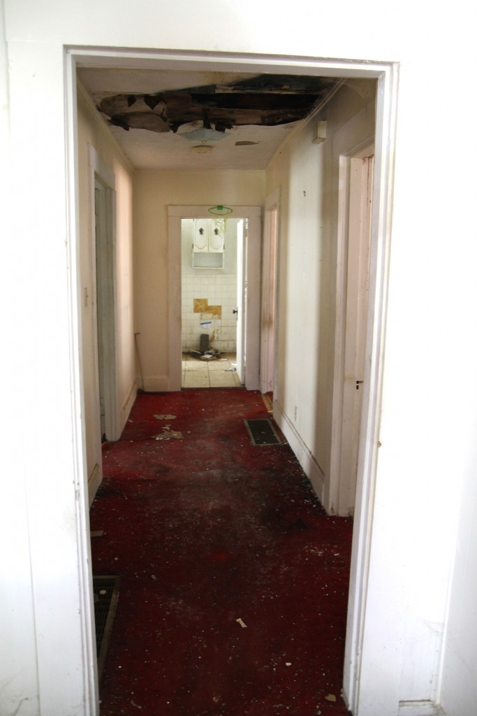 Fixer Upper Interior Before - The 2 Seasons
