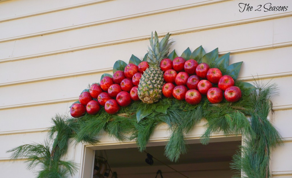 Wreaths 8 1024x623 - The Christmas Wreaths at Colonial Williamsburg