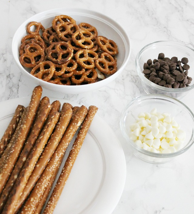 Pretzel ingrediants - Chocolate Covered Pretzels