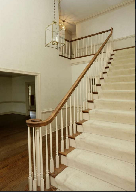 Townhouse before foyer