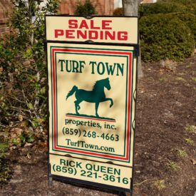 Townhouse pendin sign - The 2 Seasons