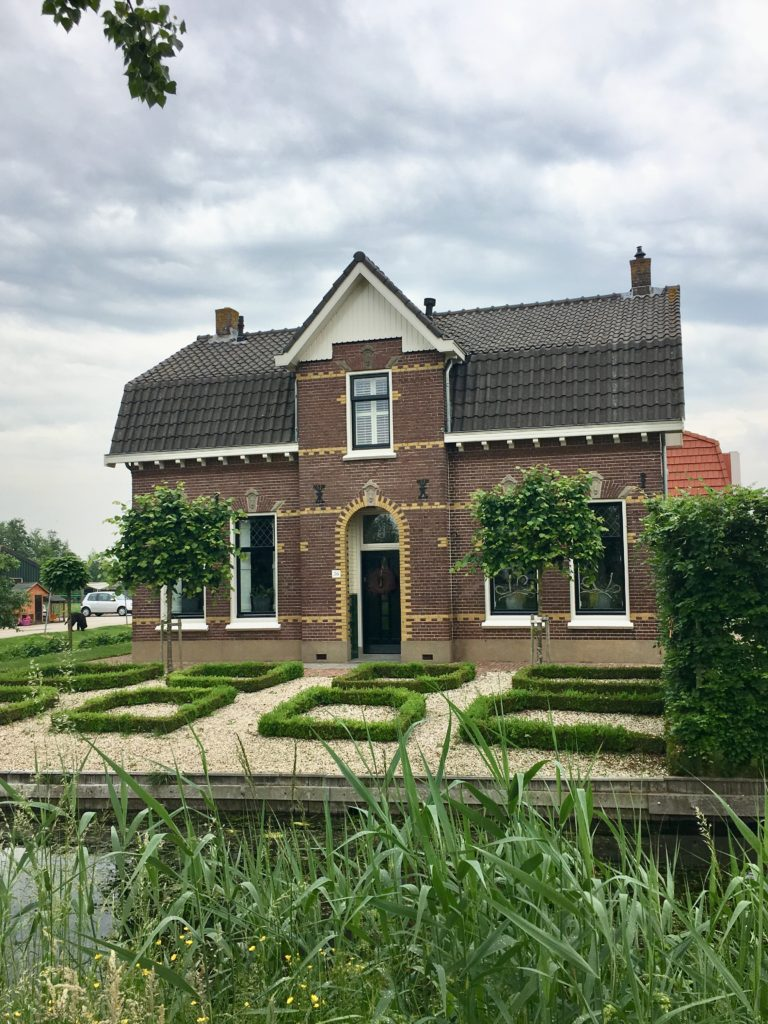 Biking n the Netherlands - The 2 Seasons